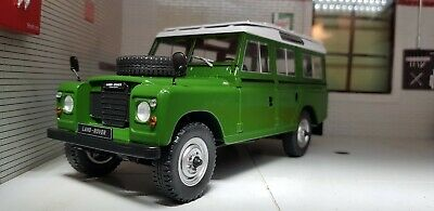 Land Rover Santana Serie 3 Estación Vagón 1:24 Escala Modelo Fundido Whitebox