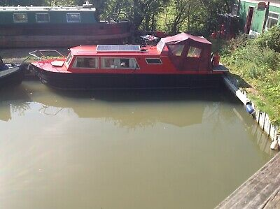 All steel, cruiser style narrowboat. 3 berth.