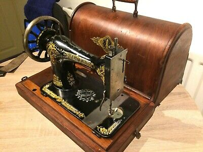 1894 Antique Singer 28K HandCrank Sewing Machine with case