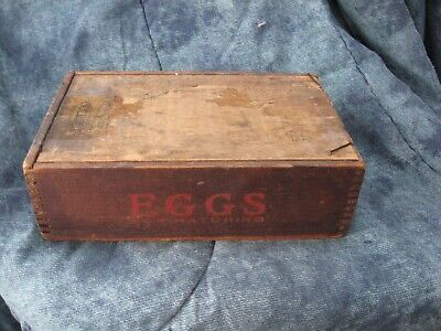 Small PRIMITIVE WOODEN EGG BOX WOOD SHIPPING Crate Chicogo Ill.