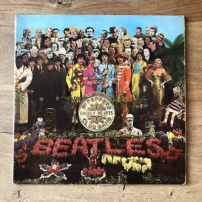 The Beatles - Sgt. Pepper's Lonely Hearts Club Band LP Parlophone Gatefold UK