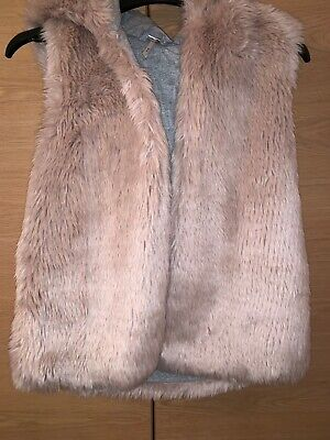 NEXT Girls Gorgeous pink faux fur furry hooded gilet bodywarmer AGE 9 YEARS