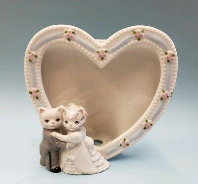 1989 KITTY CUCUMBER Albert Wedding Frame Porcelain Bride Groom Figurine Heart
