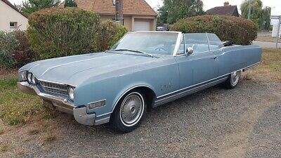 Oldsmobile Ninety Eight de 1966