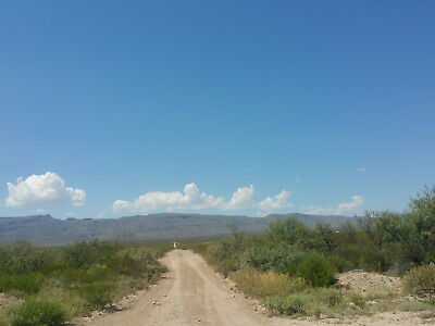 Texas land 100-Acres West-at base of Mountains Beautiful!
