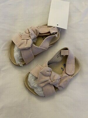 Baby Girl H&M Pink Sandals Size 18/19