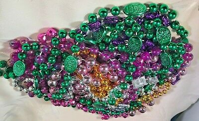 Mardi Gras Beads Necklaces lot   New Orleans 7.5 pounds assorted