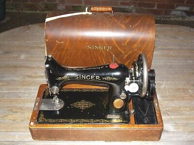 Vintage Singer 99K Handcrank Sewing Machine No Y3842389 In Good Condition, c1926
