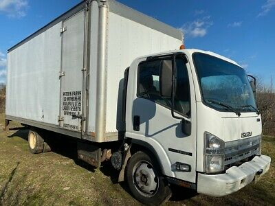 2012 ISUZU NRR 20 ft box truck