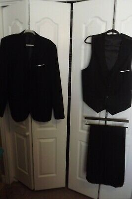 WULFUL Mens 3 Piece Suit Black New Size EUR 3 XL Great Condition