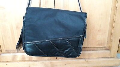 Sac à langer pour homme Baby on board noir chic Freewalk Messenger Sporty