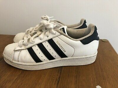 Adidas Girls Superstar Trainers Size 4