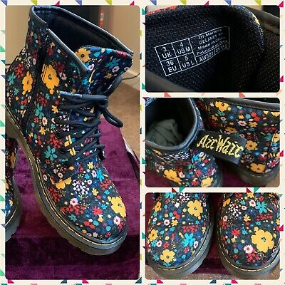 Girls Florial Dr Martens Boots Size 3 Uk