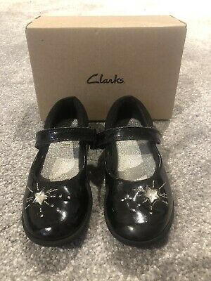 Clarks Girls School Shoes Black Etch Spark t 9.5F 27.5 Strap Mary Jane Patent