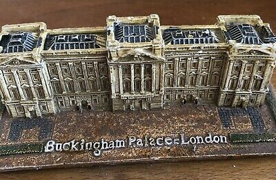 Latex Mould for making this Small Buckingham Palace Statue /candle