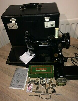 1950 Vintage Singer 221K Featherweight Sewing Machine, Vintage sewing machine,