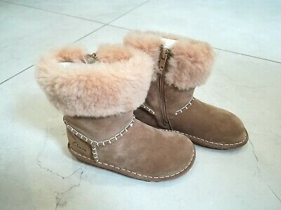 Clarks Girls Tan Colour Boots 10 G Greeta Ace Inf Walnut Suede - lovely boots!