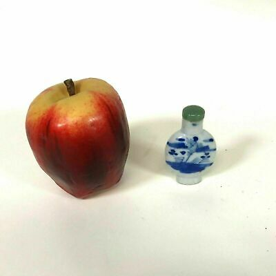 Antique Chinese Porcelain Blue & White Snuff Bottle # 3