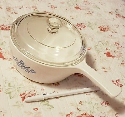 Vintage Corning Ware Saucepan with Cornflower in EXCELLENT CONDITION
