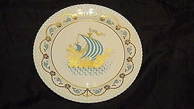 Spode China Wall Plate,  Christmas 1972, I Saw Three Ships Come Sailing In