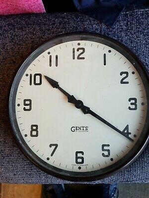 "VINTAGE BLACK BAKELITE GENT OF LEICESTER WALL CLOCK,VERY NICE CONDITION 14"" Dia"