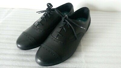 Clarks Selsey Cool Girls Bootleg Black Leather Brogues School Shoes Uk Size 4.5