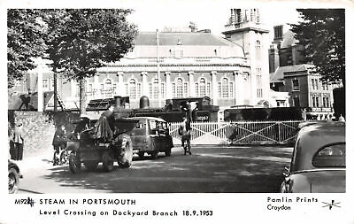 R256367 Steam in Portsmouth. Level Crossing on Dockyard Branch 18.9.1953. Pamlin