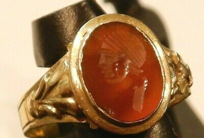scarce ancient roman 22K carat gold ring carnelian intaglio soldier