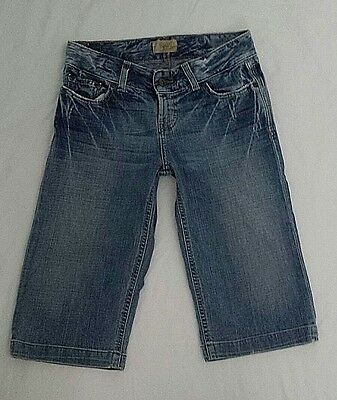 BKE Denim Womans/Girls Capris Size 27 Faded Blue Distressed Style# BKL273 Cotton