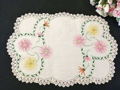 Stunning Vintage Hand Embroidered Centrepiece with Daisy Sprays