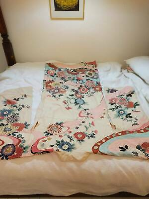 Silk kimono bought from kioto Japan. Traditional with belt