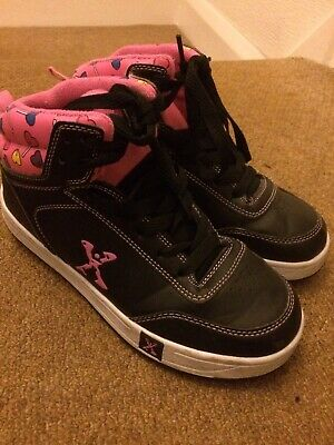 Girls Sidewalk Sports Black And Pink Heelys Size 4
