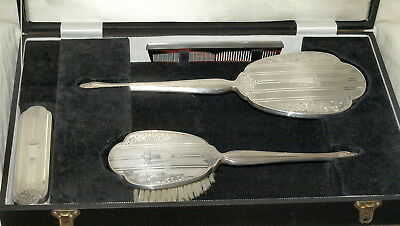 LARGE BOXED HALLMARKED SILVER 4 PIECE BRUSH AND MI RROR SET ,Broadway Birmingham