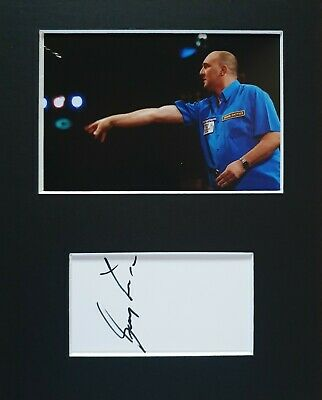 BDO Darts, Gary 'Big Robbo' Robson, hand signed in person mounted autograph.