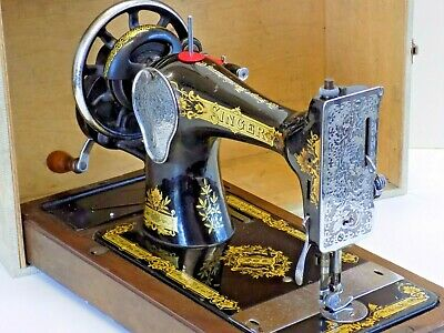 Singer 28K 1936 Sewing Machine Hand Crank Vintage Antique Collectible