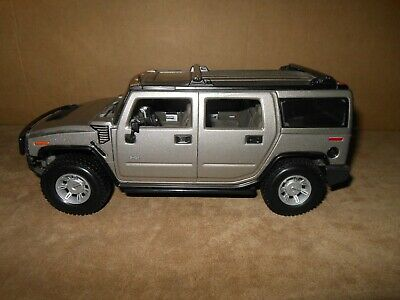 Hummer H2 SUV 1:18 Scale Replica Premiere Edition By Maisto 2002 Silver - No Box