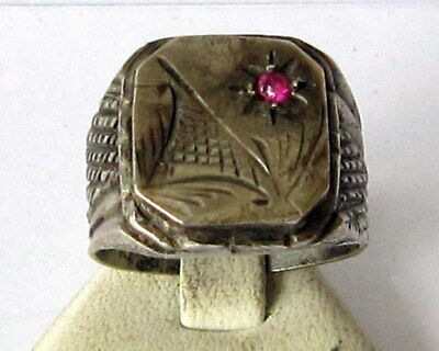 VINTAGE NICE MEN'S SILVER RING WITH RED STONE FROM THE EARLY 20th CENTURY # 77B