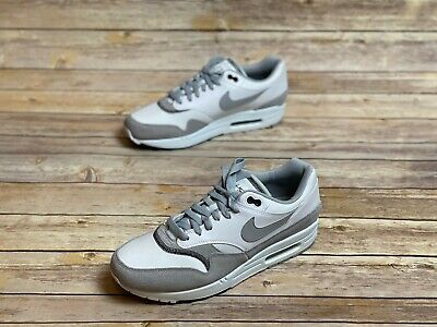 NEW NIKE AIR Max 1 Size 9 Wolf Grey White Light Blue Fury