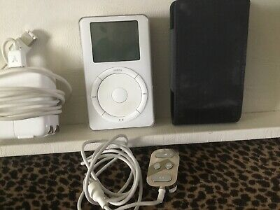 Apple iPod 1st Generation 10GB 32MB RAM - White