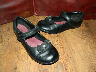 girls black leather Clarks school shoes with fasteners uk 2.5 F eur 35