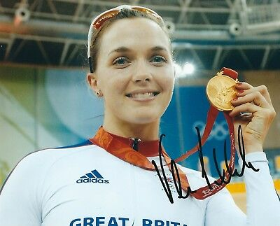 VICTORIA PENDLETON SIGNED 8x10 PHOTO - UACC & AFTAL - OLYMPIC GOLD MEDAL CYCLING