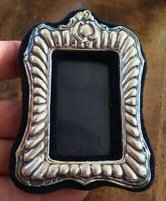 Vintage Sterling Silver Miniature Photo Frame. Hallmarked London 1988