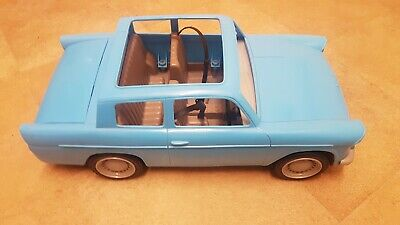 Harry Potter Weasley Car Ford Anglia Dissapearing Luggage Vgc