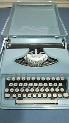 Collectable Portable Remington holiday Typewriter Made in Italy