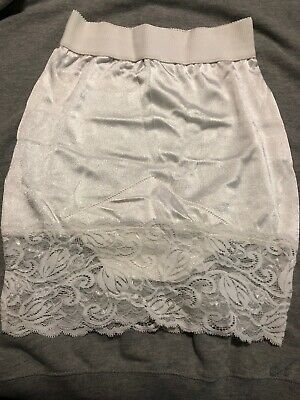 Vintage Victoria's Secret Half Slip Shiny Wet Look Satin Lace Hem Sexy Sz M Nos