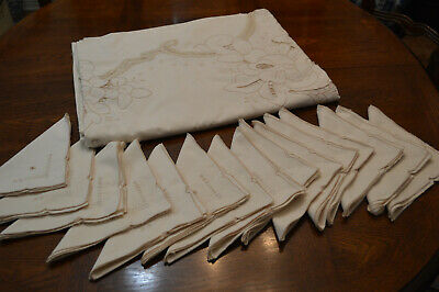 "Vintage Ecru Tablecloth Embroidery Lace 68 X 166"" 15 Matching Napkins"