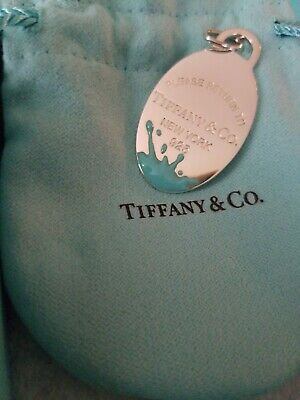 Tiffany And Co. Oval Pendant Sterling Silver 925 100% Authentic ( pre owned)