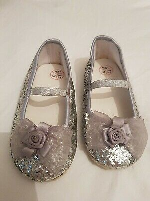 Sparkly M&S girls Slippers/shoes Size 2-3 Years