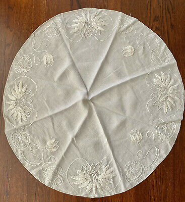 Vintage 1950's 31 inch round embroidered white tablecloth ~ grey'ish tint