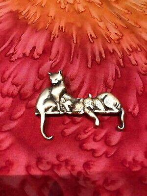 Signed MFA - Museum of Fine Arts - Brooch Pin Three Cats - Bronze Tone Metal